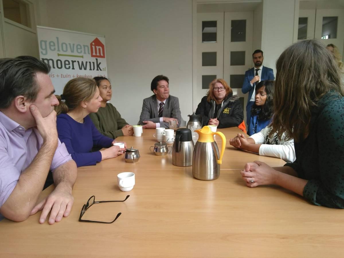 Minister Schouten voor Regiodeal op bezoek inMoerwijk