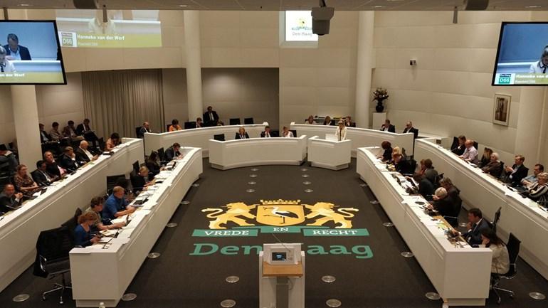 Haagse Wethouders Richard de Mos Rachid Guernaoui burgemeester Krikke Gemeenteraad Stadsbestuur Raadzaal van Den Haag Neo de Bono Foto Omroep West